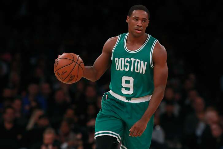 NEW YORK, NY - OCTOBER 15:  Demetrius Jackson #9 of the Boston Celtics in action against the New York Knicks during the second half of their preseason game at Madison Square Garden on October 15, 2016 in New York City. NOTE TO USER: User expressly acknowledges and agrees that, by downloading and or using this photograph, User is consenting to the terms and conditions of the Getty Images License Agreement.  (Photo by Michael Reaves/Getty Images)