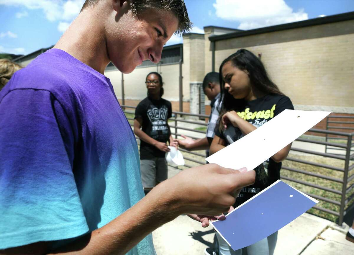 10. Virginia Allred Stacey Junior/Senior High School Overall Grade: A Students: 413 Student-Teacher ratio: 11-to-1