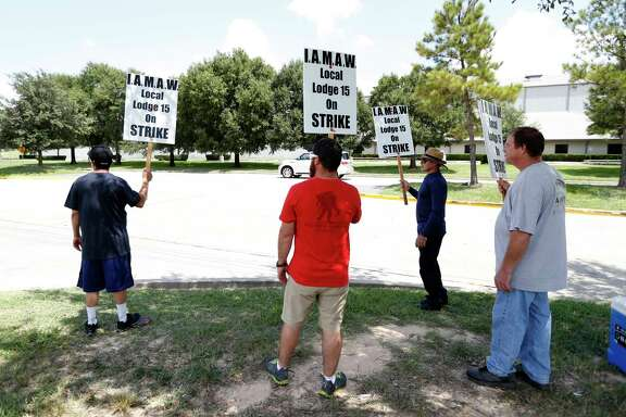 After weeks of negotiations, 271 Machinist members employed by Wyman-Gordon in Houston began a strike calling for a fair and equitable contract from the company.  The strike commenced at 12:00 a.m, Monday, Aug. 21, 2017, in Houston.  ( Karen Warren / Houston Chronicle )
