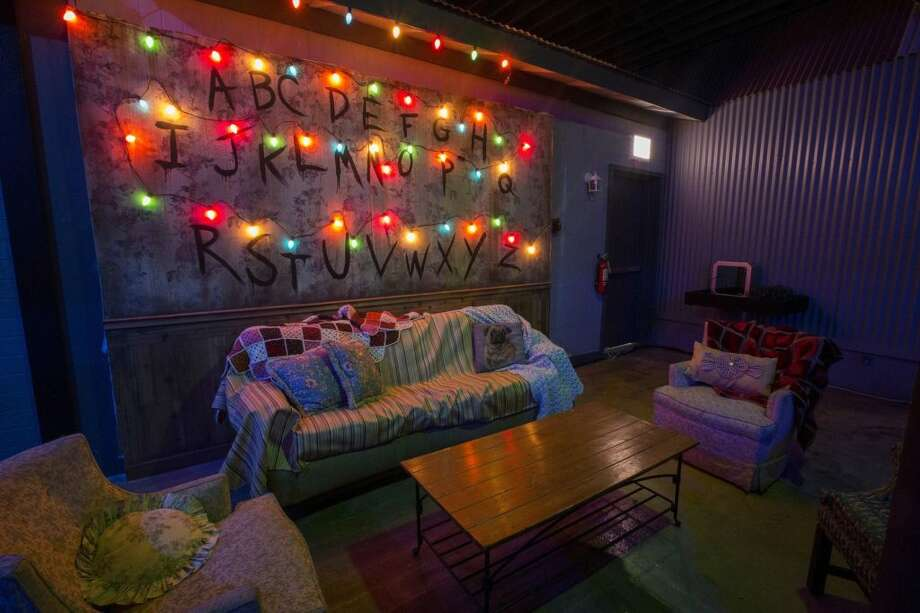 """A """"Stranger-Things""""-themed pop-up bar has opened up in Chicago. Photo: Emporium Popups"""