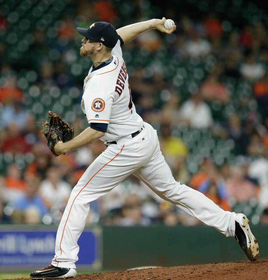Normally a bullpen workhorse, Chris Devenski has thrown just 32⁄3 innings in August, with only 53 percent of his pitches going for strikes. Photo: Melissa Phillip, Staff / © 2017 Houston Chronicle