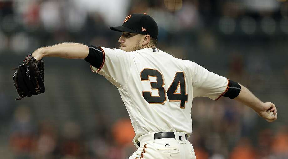 San Francisco Giants pitcher Chris Stratton works against the Milwaukee Brewers in the first inning of a baseball game Monday, Aug. 21, 2017, in San Francisco. (AP Photo/Ben Margot) Photo: Ben Margot, Associated Press