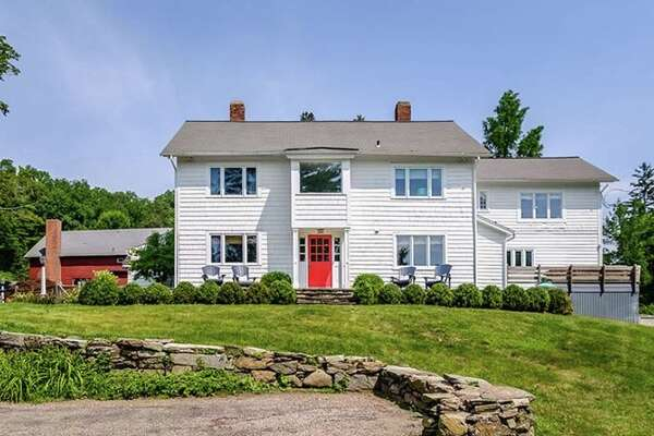 325 Redding Road, Redding, CT 06896   Mark Twain's family home is on the market for $1,850,000.   toptenrealestatedeals.com