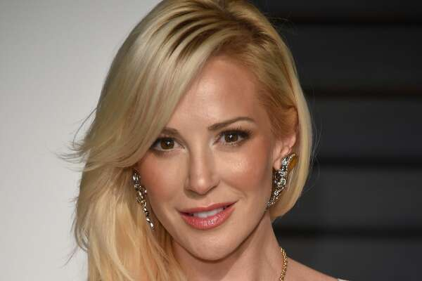 Louise Linton attends 2015 Vanity Fair Oscar Party Hosted By Graydon Carter at Wallis Annenberg Center for the Performing Arts on February 22, 2015 in Beverly Hills, California.  (Photo by Venturelli/Getty Images)