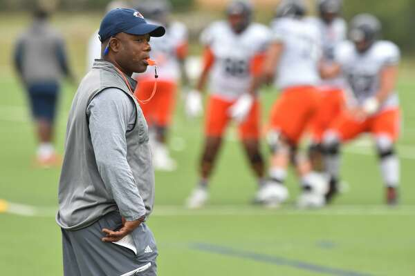 UTSA head football coach Frank Wilson supervises spring practice on the school campus Monday Morning.