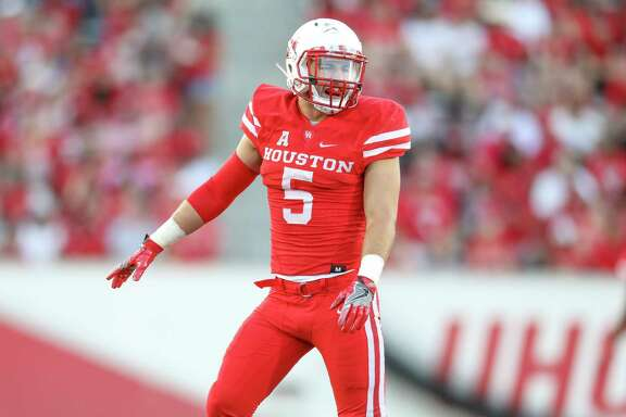 UH defensive back Collin Wilder