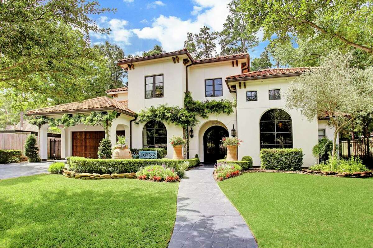 Spring Branch Central Houston, TexasMedian sell price: $297,500Average sale-to-list: 93 percent Image source:HAR.com