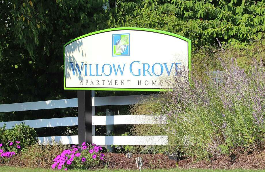 The leasing office at Willow Grove, a Danbury, Conn., apartment community that sold in August, 2017, for $31.25 million. Photo: Chris Bosak / Hearst Connecticut Media / The News-Times