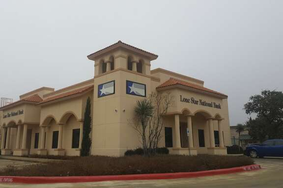 Photo of Lone Star National Bank.