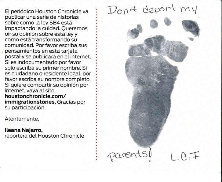 """Translation: """" Don't deport my parents!"""" –L.C.I."""