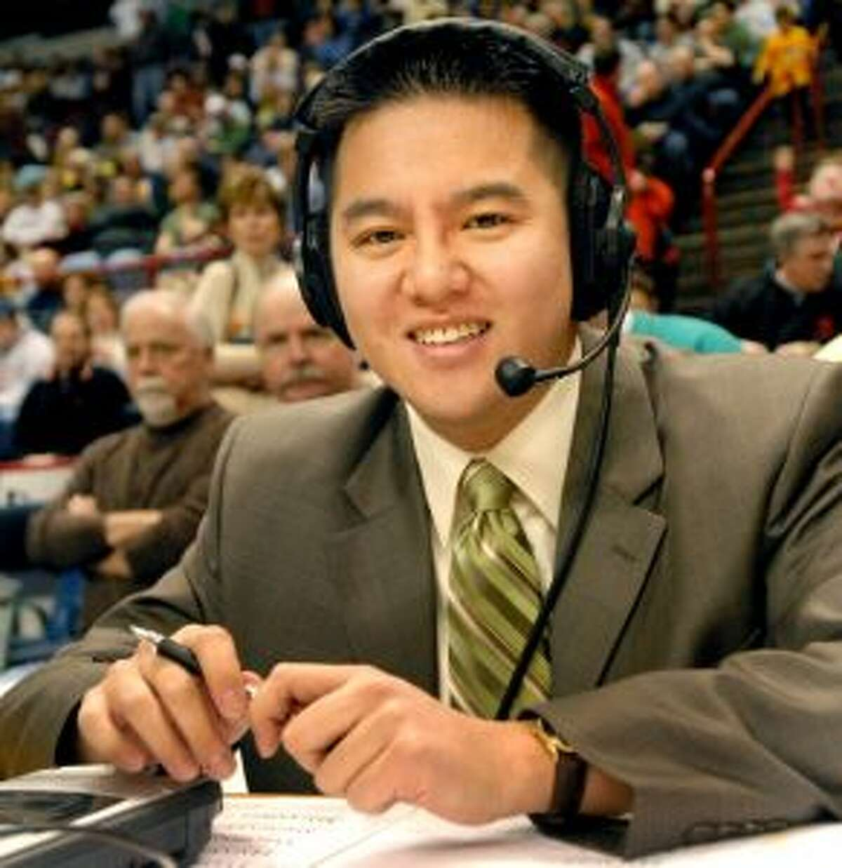 Former Siena basketball announcer Robert Lee, in 2008 photo. (Cindy Schultz/Times Union archive)