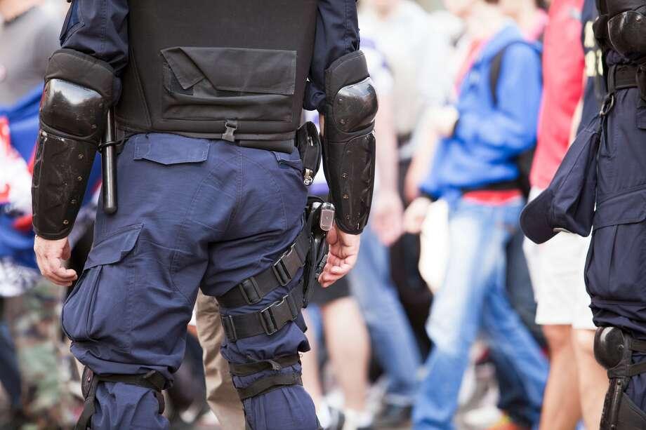 Police Naked California Brothers Break Into, Vandalize -3198