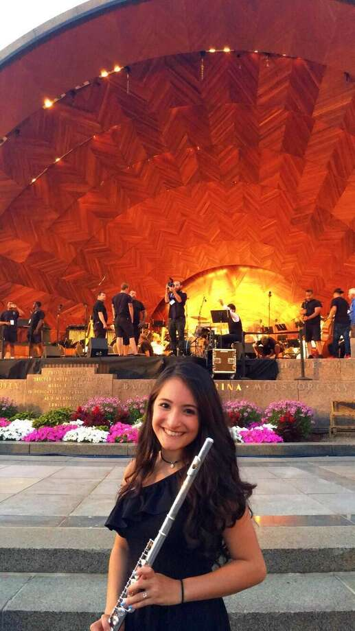 Alexandra Oleda, a sophomore at Atascocita High School, was offered a scholarship for the summer program at the Boston String Academy. Photo: Courtesy