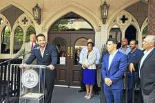 """Johnny """"Mac"""" Mocadlo said Vanity Bar will offer a unique entertainment space in New Haven. Mayor Toni Harp welcomed the new venue Tuesday, while chef Andrew Fine promised an exciting menu."""