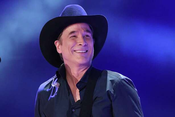 NASHVILLE, TN - JUNE 10:  Singer-songwriter Clint Black performs onstage during 2016 CMA Festival - Day 2 at Nissan Stadium on June 10, 2016 in Nashville, Tennessee.  (Photo by Rick Diamond/Getty Images)