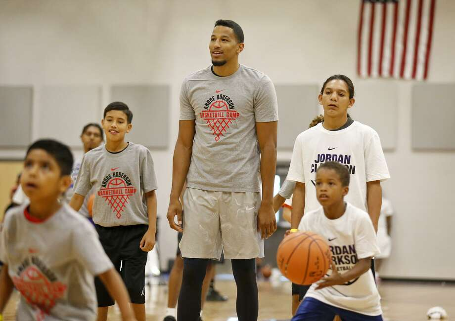Oklahoma City Thunder's Andre Roberson shoots baskets during a dual basketball clinic with Los Angeles Lakers' Jordan Clarkson (not pictured) on Aug. 4, 2017 at Veterans Memorial High School in San Antonio. Photo: Edward A. Ornelas /San Antonio Express-News / © 2017 San Antonio Express-News