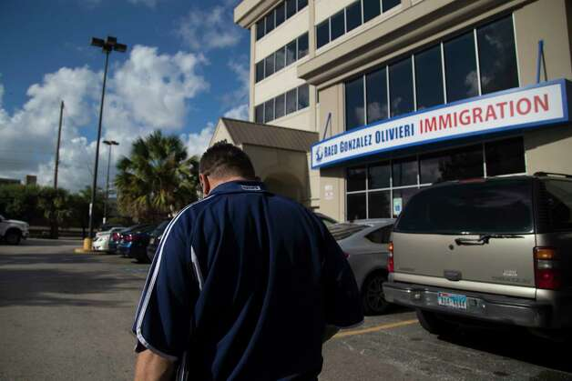 Juan Rodriguez walks with his head down toward the offices of his immigration lawyer Raed Gonzalez to talk about his case, Tuesday, Aug. 22, 2017, in Houston. Photo: Marie D. De Jesus, Houston Chronicle / © 2017 Houston Chronicle