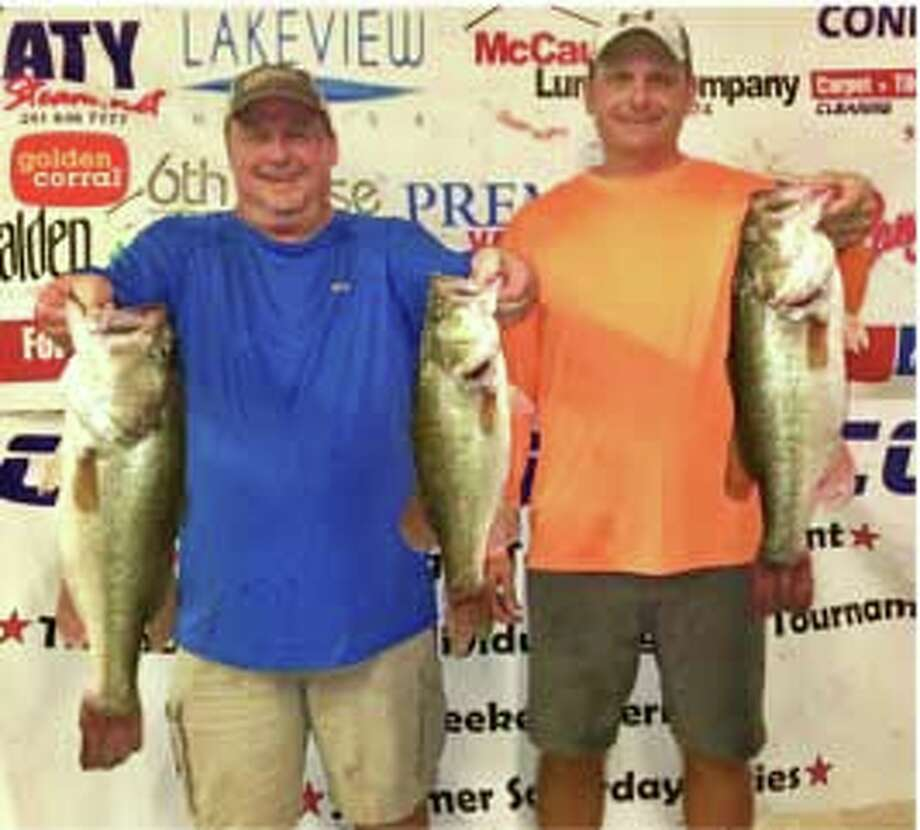 Sean Hoernke and Curt McCauley came in first place in the CONROEBASS Tuesday Night Tournament with a weight of 16.42 pounds. Photo: Conroe Bass