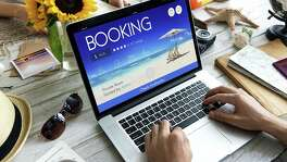 You can cut costs on your next trip -- you just have to know the right time to book your journey.