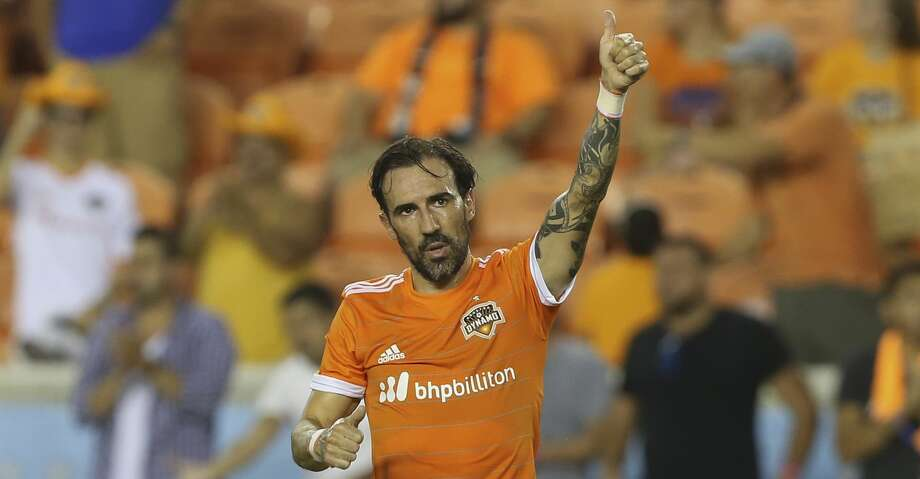 Vicente Sanchez is starting an MLS game for the first time this season. Photo: Yi-Chin Lee/Houston Chronicle