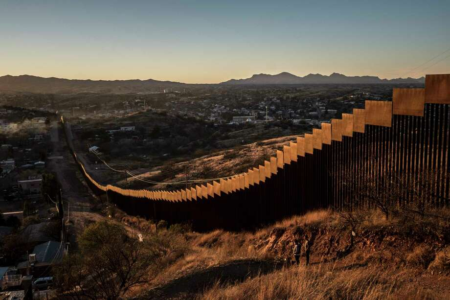 File The Border Wall Here Made Of Tall Steel Beams In Rows In