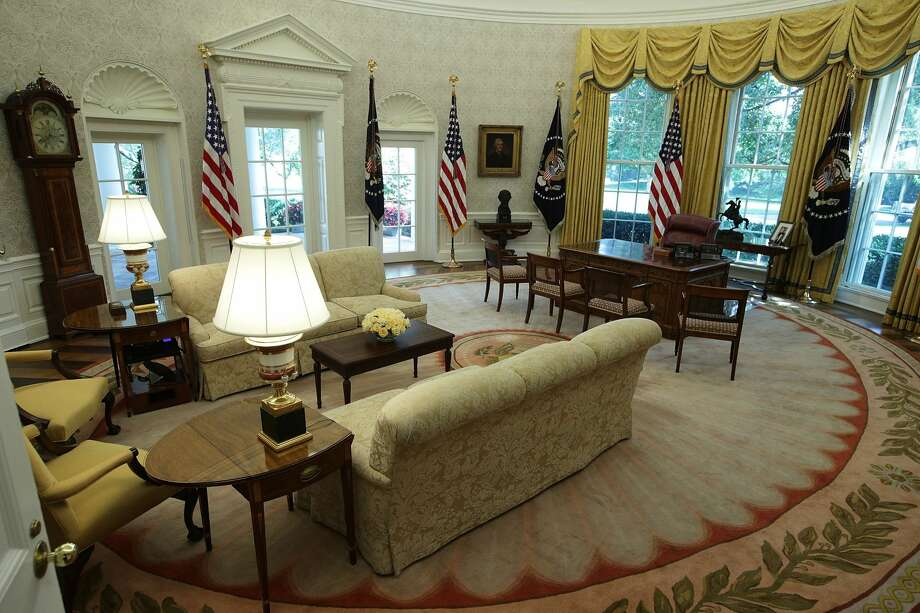 The Oval Office of the White House is seen after renovations, August 22, 2017 in Washington, DC. The White House has undergone a major renovation with an upgrade of the HVAC system at the West Wing, the South Portico steps, the Navy mess kitchen, and the lower lobby.  Photo: Alex Wong/Getty Images