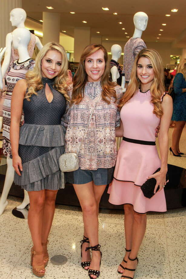 "Chairs Bria Wall, from left, Mary Patton and Lauren Granello at ""Sizzling Summer Soiree"" hosted by Dress for Success Houston's Women of Wardrobe, at Tootsies.  (For the Chronicle/Gary Fountain, August 23, 2017) Photo: Gary Fountain, Gary Fountain/For The Chronicle / Copyright 2017 Gary Fountain"