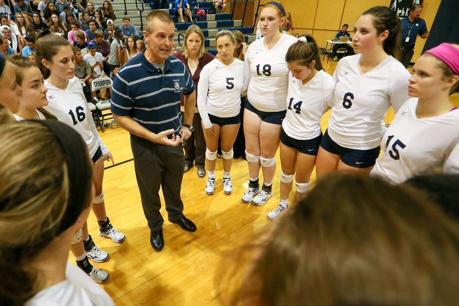 Boerne Champion coach Troy Errington talks to his team during a timeout in a District 27-5A volleyball match against Alamo Heights on Oct. 20, 2015. Photo: Marvin Pfeiffer /San Antonio Express-News / Express-News 2015
