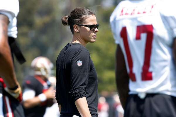 newest eef5f 3f7cd Katie Sowers, 49ers' assistant coach, sees change for women ...