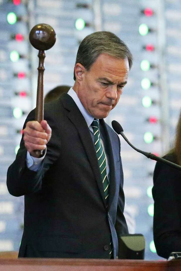 Speaker Joe Straus issued interim charges that three House committees review schools, finance and flooding following Hurricane Harvey. (Tom Reel / San Antonio Express-News) Photo: Tom Reel, Staff / 2017 SAN ANTONIO EXPRESS-NEWS