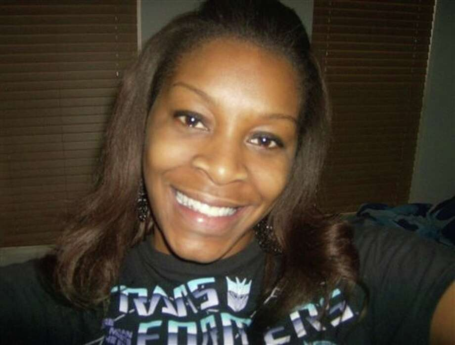 Texas authorities have said Sandra Bland hanged herself with a garbage bag, a finding that her family disputes. Photo: HONS / AP