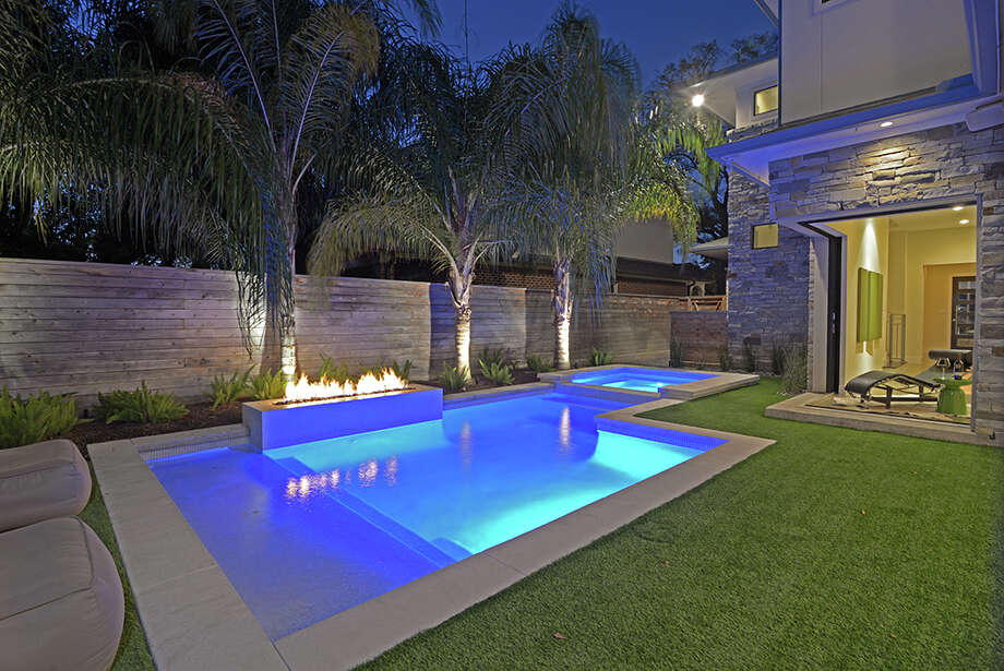Ghba remodelers council dip into coolest design trends for Pool design trends