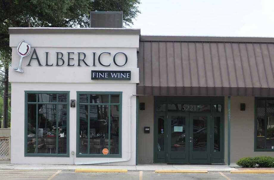Alberico Fine Wine at 5221 McCullough Road has closed. Photo: Paul Stephen / San Antonio Express-News