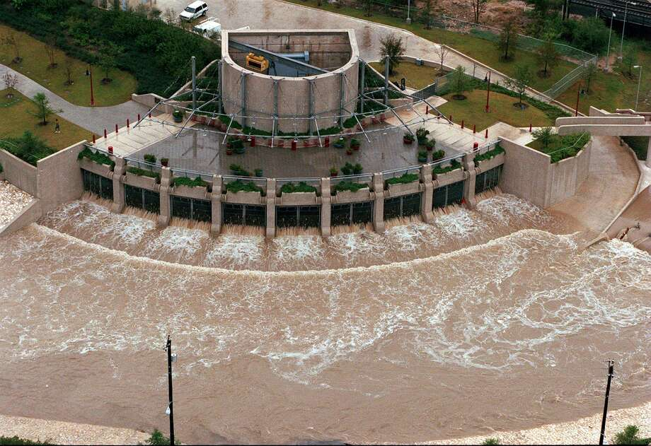 This is the end of the underground tunnel that diverts flood water under downtown San Antonio and empties out at the San Antonio River at Lone Star Boulevard. Photo: San Antonio Express-News File Photo / SAN ANTONIO EXPRESS-NEWS