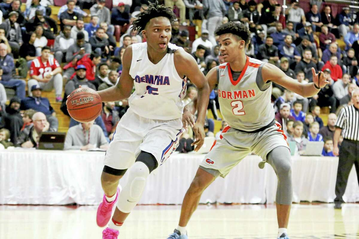 DeMatha Catholic's Josh Carlton #25 in action against Bishop Gorman during a high school basketball game at the 2017 Hoophall Classic on Saturday, January 14,, 2017, in Springfield, MA. DeMatha won the game. (AP Photo/Gregory Payan)
