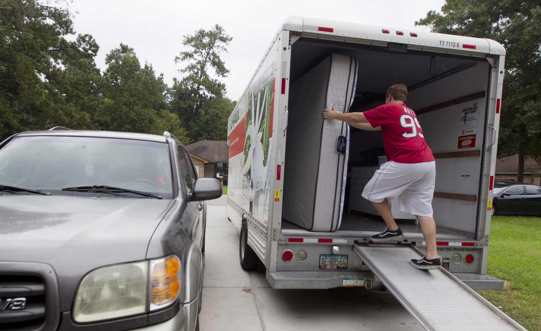 Must-dos when moving to a new home in Houston