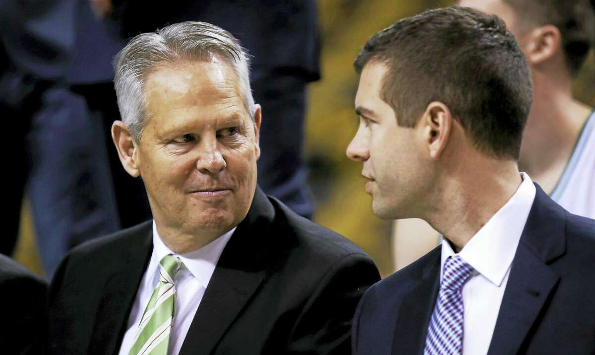 Celtics general manager Danny Ainge, left, talks with Celtics coach Brad Stevens.