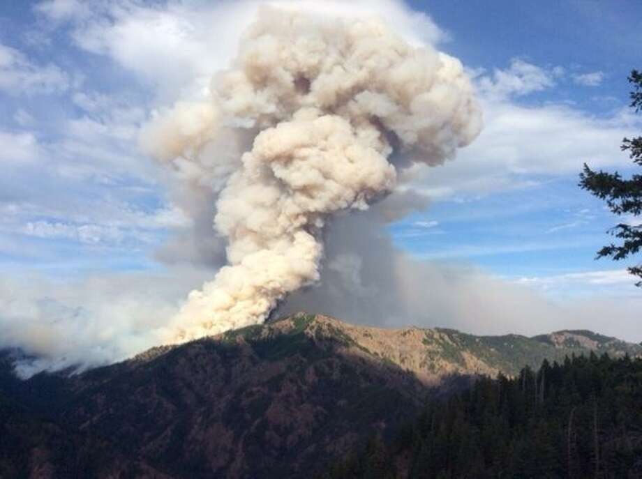 Officials closed portions of National Forest lands near Cle Elum as the Jolly Mountain Fire continued to burn uncontained Friday. Photo: InciWeb/Southwest Area Incident Management Team 3