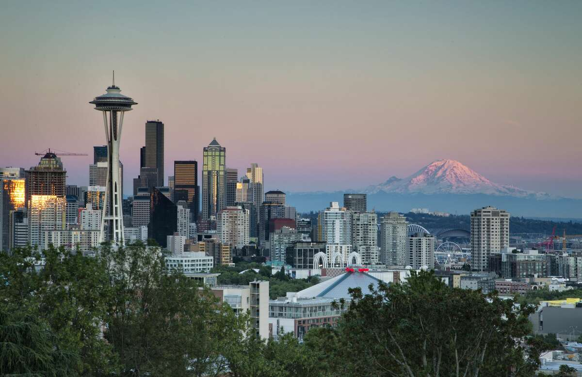 Click ahead to see the movies filmed in Seattle.