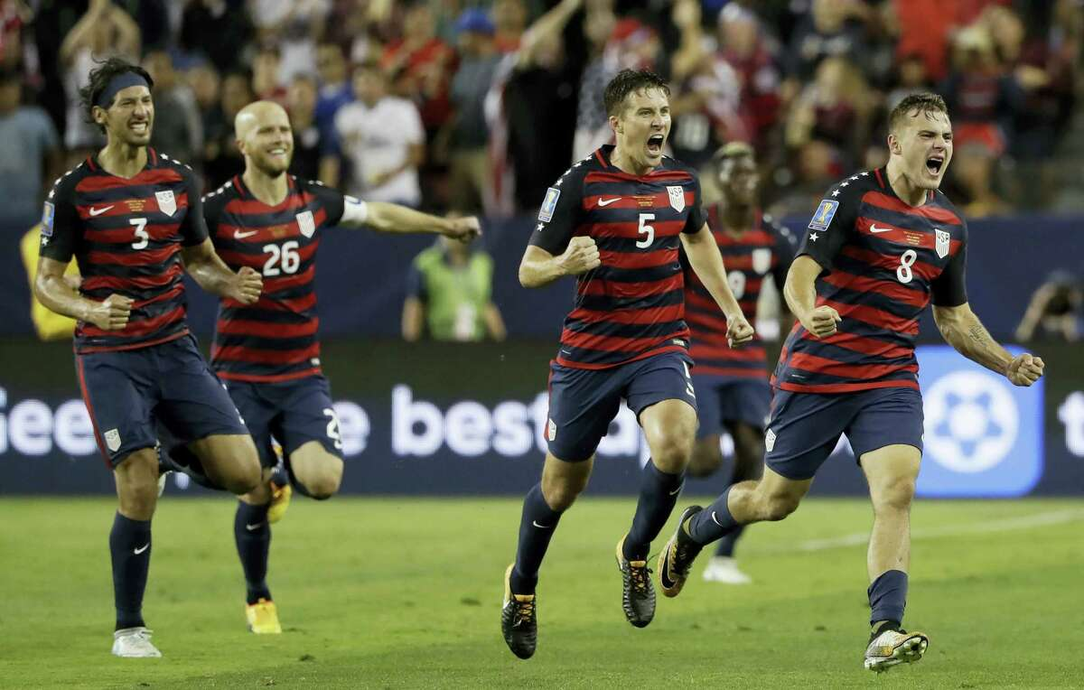 United States' Jordan Morris (8) celebrates with teammates after scoring a goal against Jamaica during the second half of the Gold Cup final soccer match in Santa Clara Wednesday.