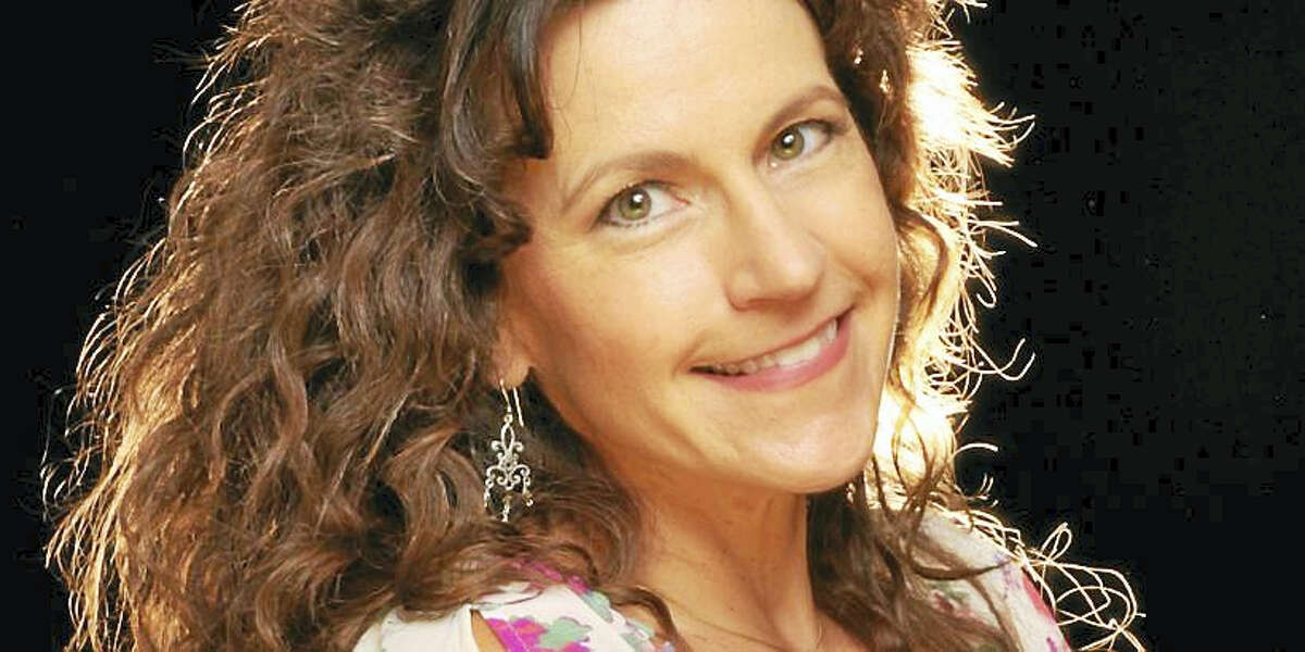 """Suzanne O. Davis brings her incredible show """"Tapestry The Carol King Songbook"""" to Bridge Street Live in Collinsville on Friday, July 21 at 8 p.m."""