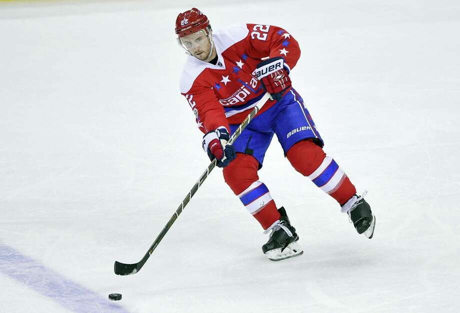 The Rangers signed the top free agent on the market, defenseman Kevin Shattenkirk, on Saturday. Photo: The Associated Press File Photo  / FR67404 AP