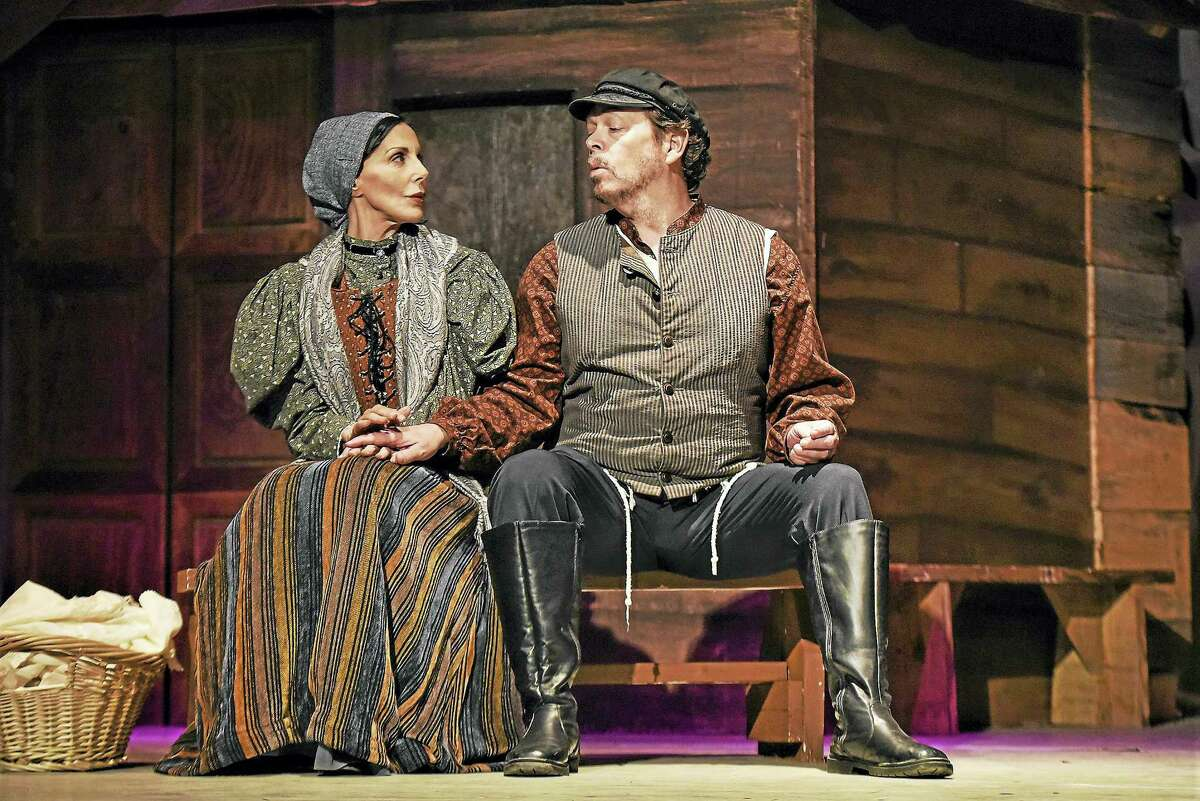 """The tavern scene from """"Fiddler on the Roof"""" with Golde (Barbara Salant) and Tevye (Thomas Camm), singing the """"Do you love me"""" duet."""