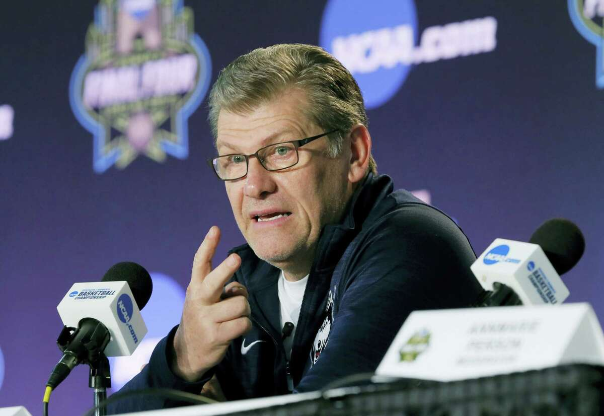 UConn coach Geno Auriemma talks to the media during a news conference at the women's Final Four in Dallas on Thursday.