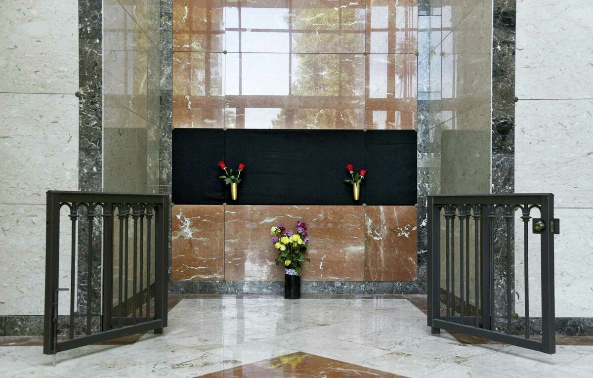 Flowers rest at the Judy Garland Pavilion, a semi-private mausoleum, at Hollywood Forever Cemetery on Monday, Jan. 30, 2017, in Los Angeles. Representatives for the cemetery and the family of Garland say her remains have been moved from New York to the mausoleum. A private unveiling ceremony of Garland's crypt will be held at a later date.