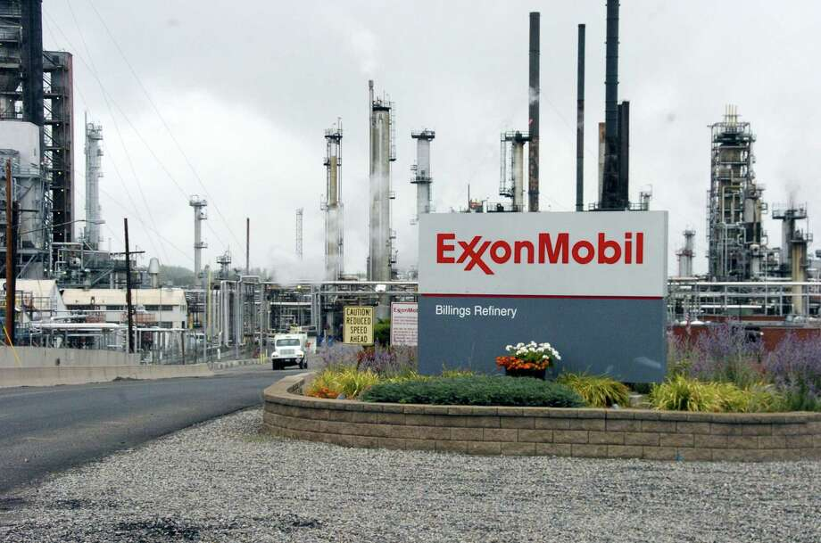 Exxon Mobil's Billings Refinery in Billings, Mont. Exxon Mobil Corp. is reporting fourth-quarter profit of $1.68 billion on Tuesday, Jan. 31, 2017. Photo: AP Photo/Matthew Brown, File  / Copyright 2016 The Associated Press. All rights reserved.