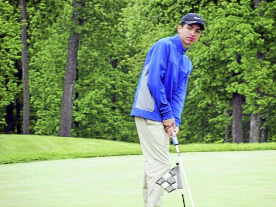Lewis Mills freshman Colby Norton won a playoff with Wamogo's Sean Brady for the Berkshire League All-Star Golf Tournament individual championship Tuesday at Harwinton's Fairview Farm Golf Course. Photo: Peter Wallace - For The Register Citizen