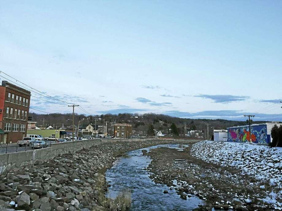 "Ben Lambert - The Register Citizen The Naugatuck River in Torrington near the ""Fish Tales"" mural. Photo: Digital First Media"