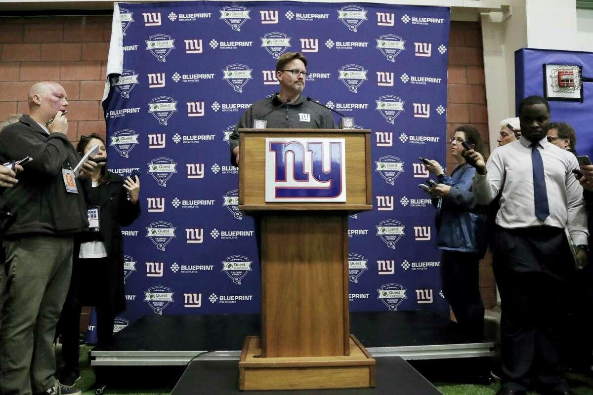 New York Giants head coach Ben McAdoo speaks to reporters.