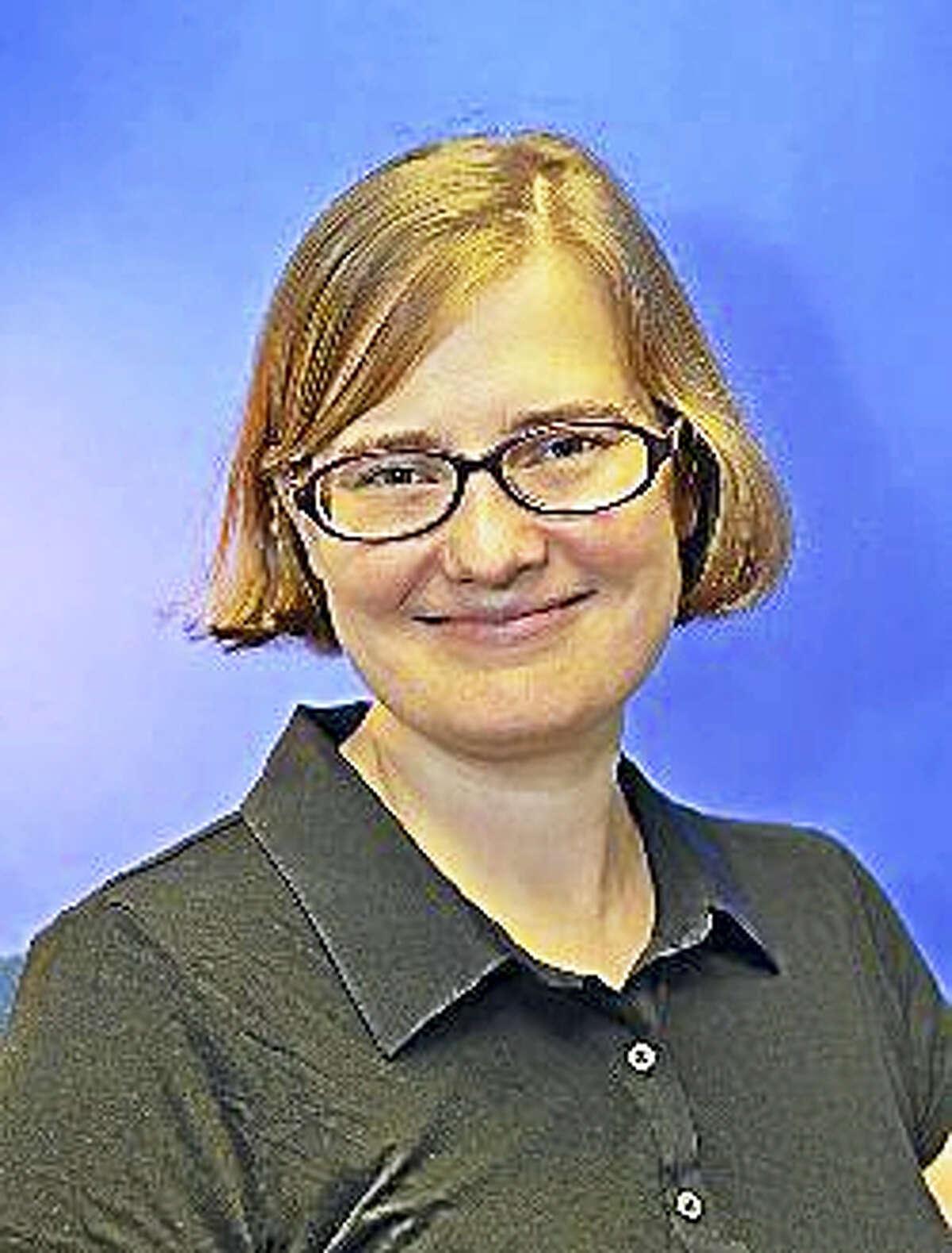 Lynette Adams, a psychologist and program manager for female veterans.